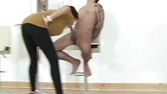 Lady Sonia fun in leggings