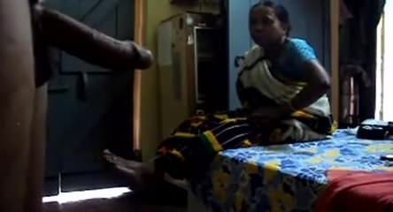 Flashing cock to maid