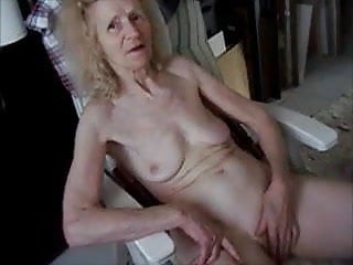 GRANNY Joseehousewifereal bitch 2