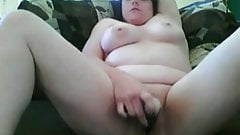 Horny Chubby Teen GF Morning Pussy Masturbating