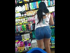 gostosa rabuda de shorts jeans (big ass in jeans) 068