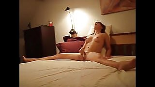She cums intensly on her dildo