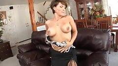 Hot milf rubbing her clitty
