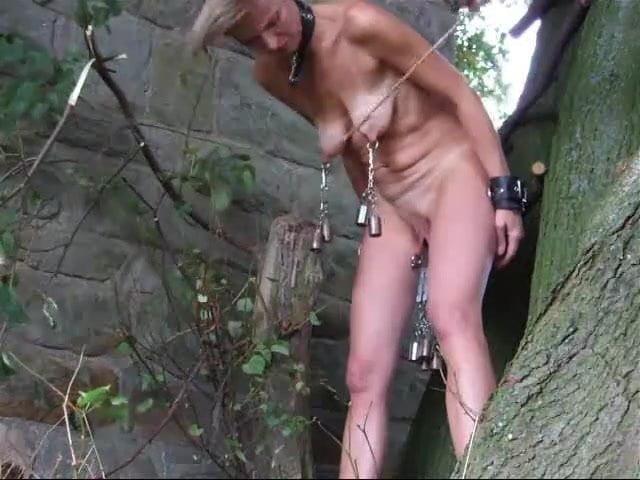 каждый вас порно видео рабыню сажают на бутылку самолете настоятельно