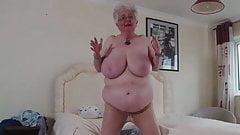 Caroline V. (EU) (61) 2
