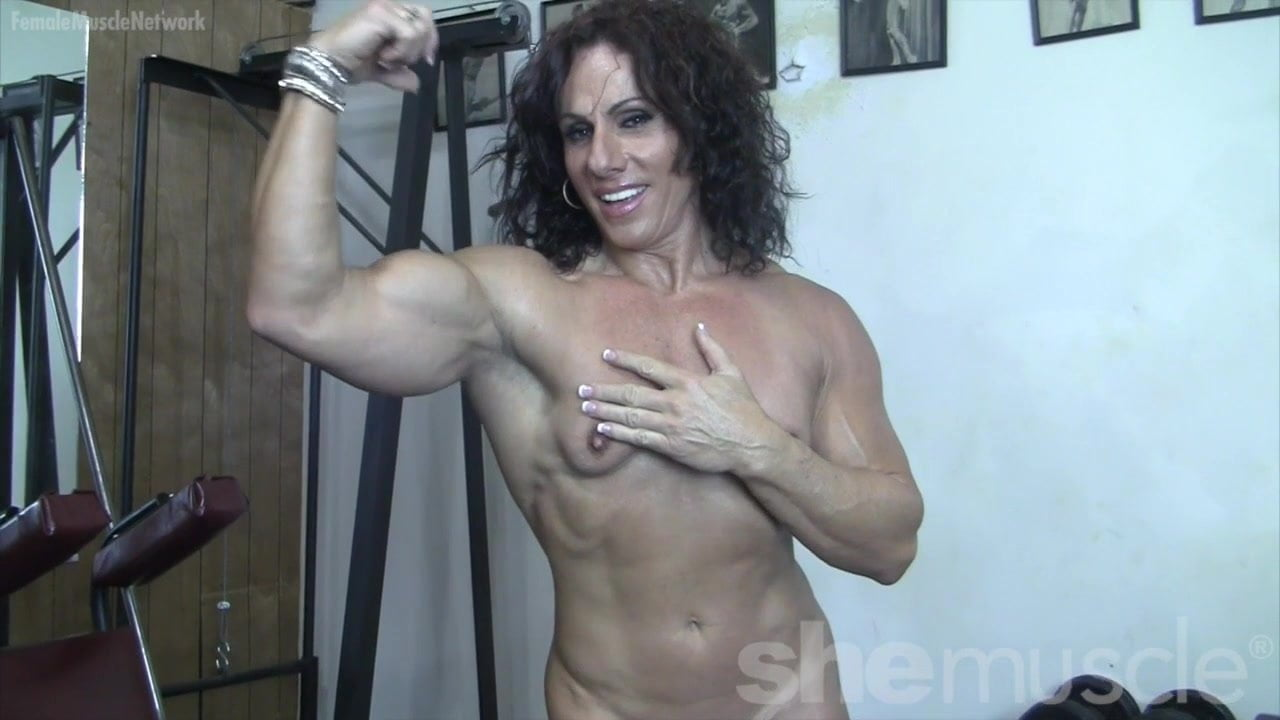 free female bodybuilder porn