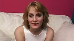 Amateur Masturbation With Happy Housewife From Cleveland