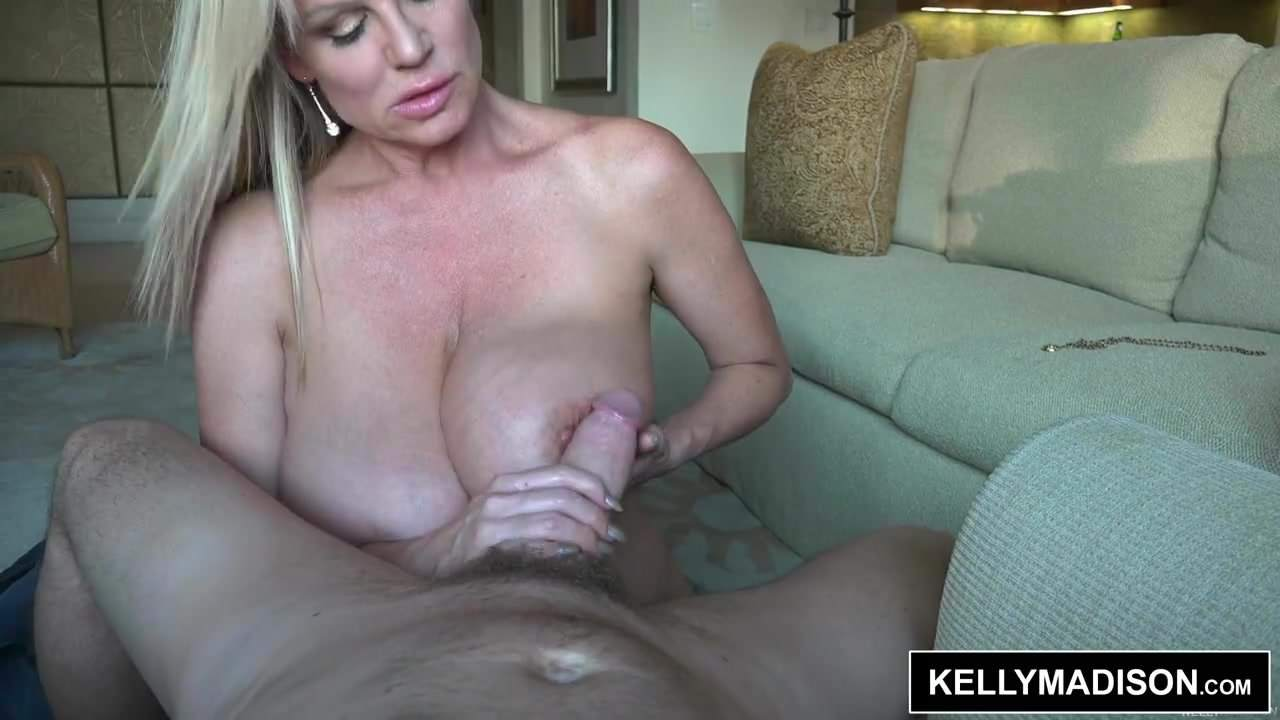 smokin Kelly madison red hot