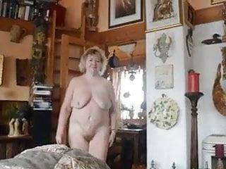 Redhead granny pussy - Fantastic golden pussy