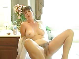 Mommy Afton 5