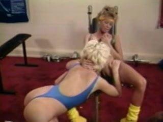 Women sex fighting video