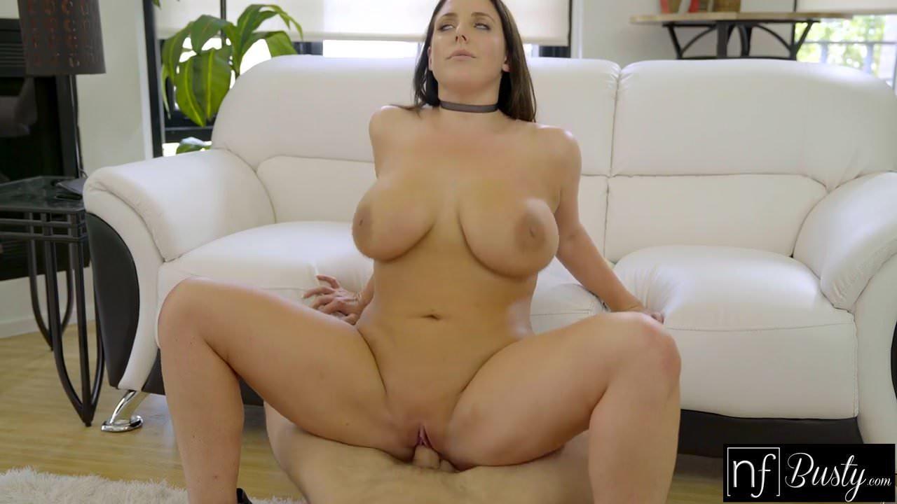 Cute White Girl Big Tits