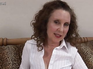 Mature office slut playing on her bed