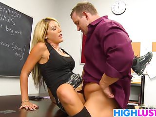 Blonde schoolgirl Holly Taylor gets nailed