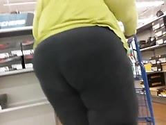 Follow that ass