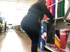 Thick BBW Booty in Levi's jeans