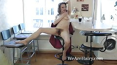 Pique Dame enjoys some naked time alone today