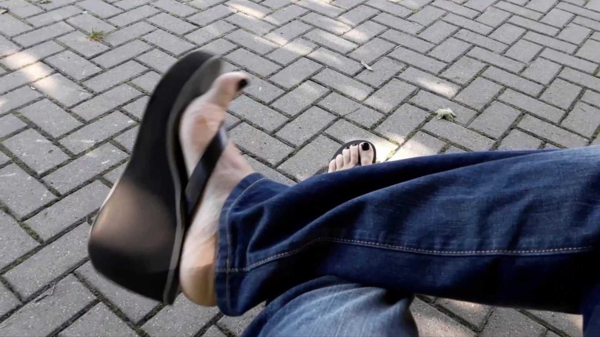 platform thongs and sexy feet