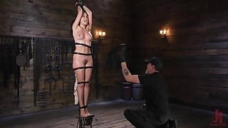 Sexy Roxanne Rae Submits to The Pope