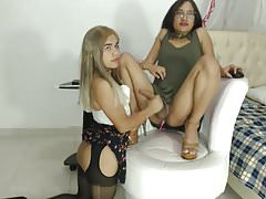 Sexy shemales playing on the webcam