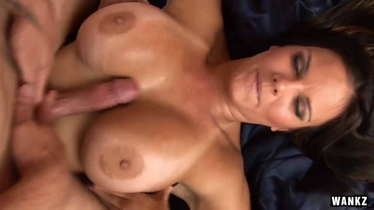 please the sexy blonde babe goes crazy getting can not