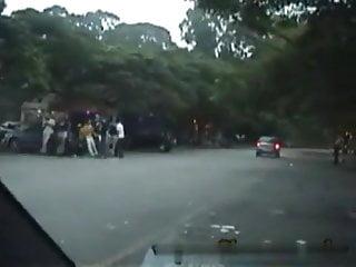 Download video bokep Brazilian girls give strangers handjobs outside of car Mp4 terbaru