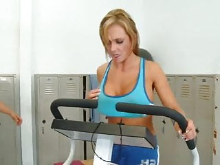 Africa sexx boobs - Nikki sexx fucking in the gym