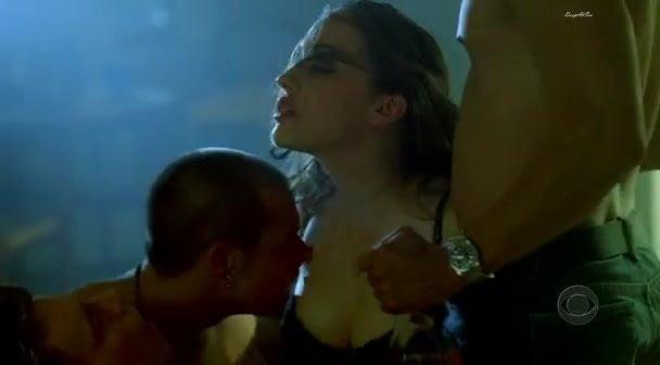 Women deep throating huge black cock