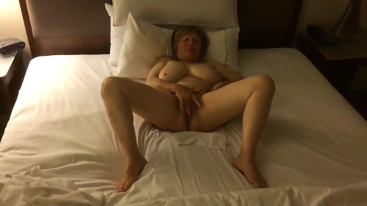 Ladys having an orgasum naked, malika sex video