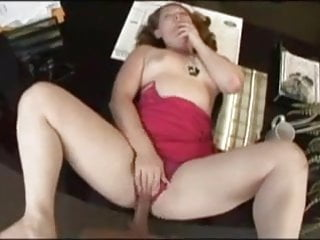 Redhead slut getting filled with Nut