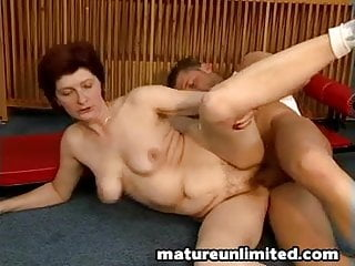 Hairy pussy gets laid