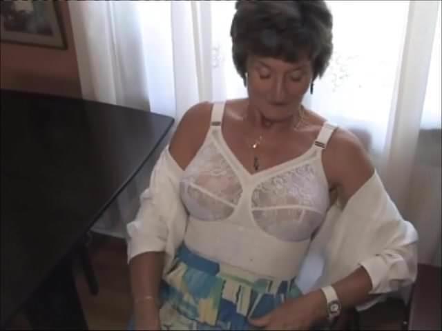 Porn girls beauty pussy