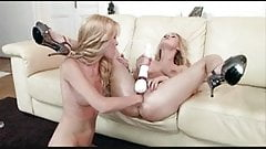2 blondes toys and fisting