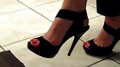 sexy feet in high heels 3