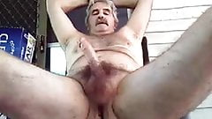 Hairy Wanker Cums