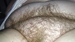 i love the feel of her pubic hair between my fingers