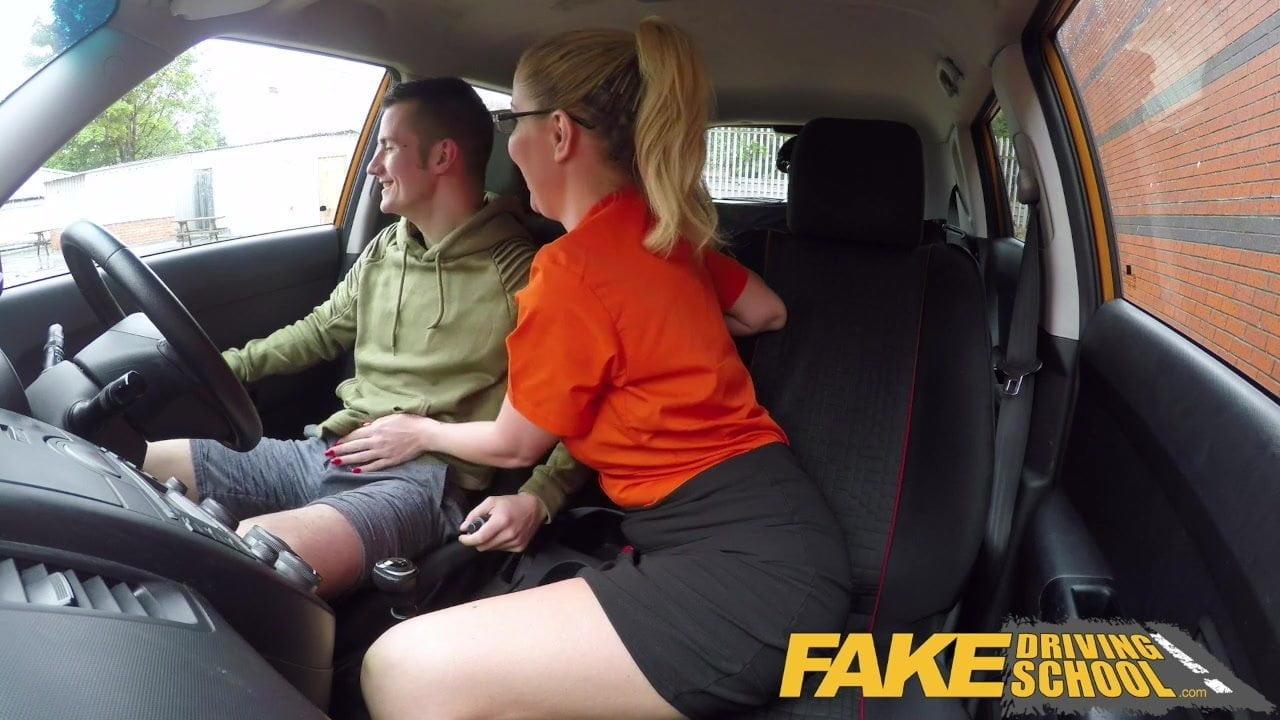 Fake Agent Casting Big Tits