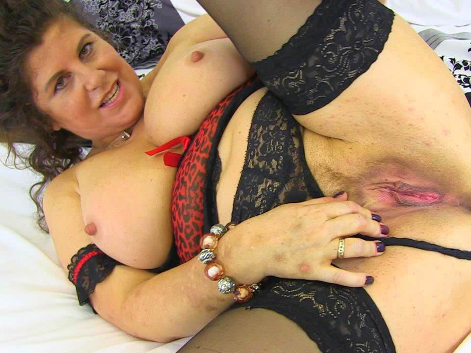 Drunk mom to son sex hardcore