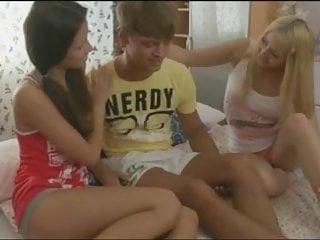 teens Anabela and Milana threesome