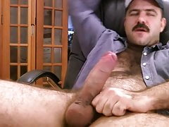 Big Dick Daddy Jerk Off & Cum