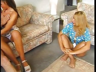 Download video bokep Hubby gets a birthday present Mp4 terbaru