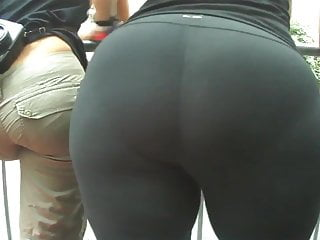Candid Big Butt Mature Ass Voyeur Street Booty