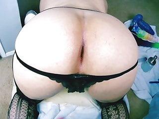 Butt Slut sissy Venus-luvsitt takes it in her fat juicy ass