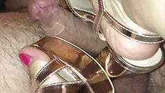 High heels shoejob and handjob