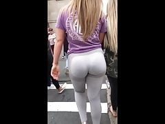 Phat Ass White Booty's Thumb