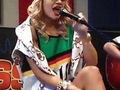 upskirt of Rita Ora