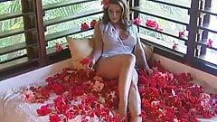 Erica Campbell - La Isla Bonita