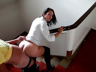 Porno Rapidito: Un Polvo En La Escalera