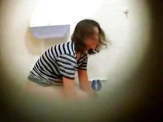 Download video bokep Girls on Toilet 5 Mp4 terbaru