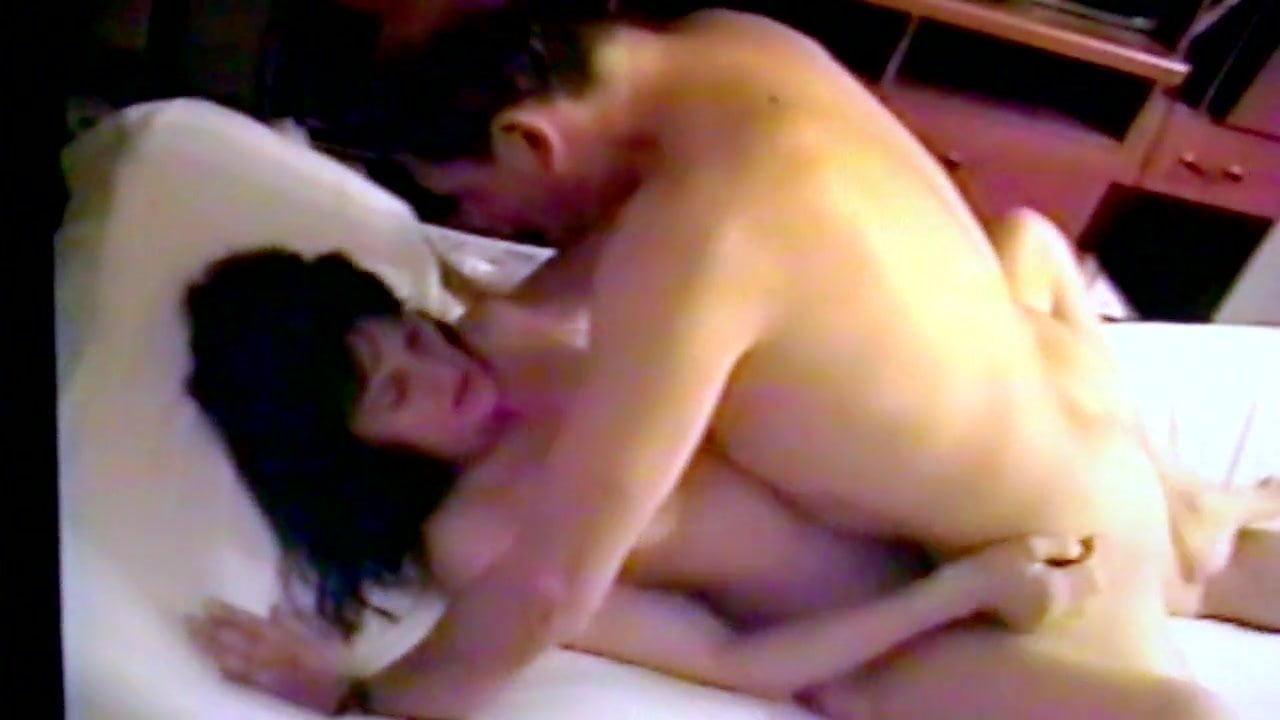 Жену обманывает секс фильм